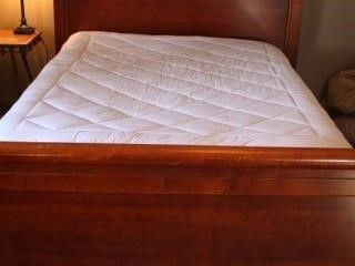 HIGH BACK FUll QUEEN SIZE BED