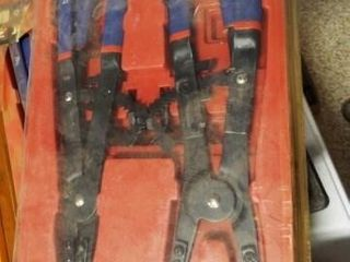 2 sets of Snap Ring Plier  16