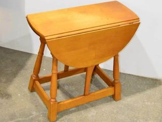 Drop leaf End Table  24  x 26