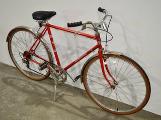 Red Supercycle Adult Bike  21  Frame