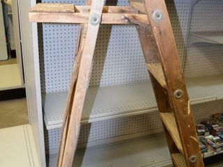 6  Wooden ladder
