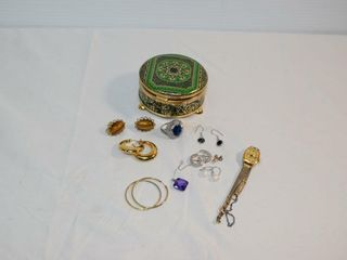 Trinket Box w  contents