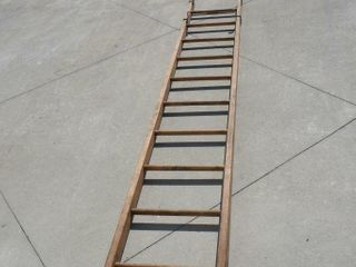 Wooden ladder 11