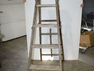 Folding 5  Wooden Step ladder