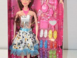 Montoy  Alice  Doll with Shoes