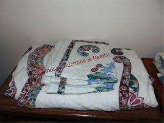 Quilt  100  x 90    3 pillow shams