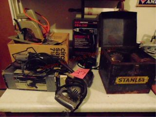 4 pwr tools   metal tool box w  saw blades