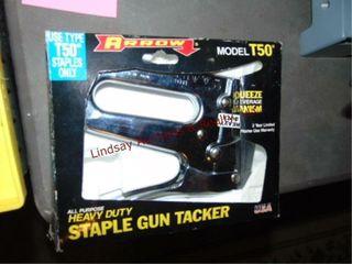 Arrow Stapler   staples