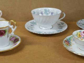 lot of 5 Vintage Tea Cups w  Matching Saucers   Porzellan A Ottlinger  Fine Bone China   England    More  See Photos