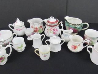 16 pieces of assorted decorative porcelain glassware
