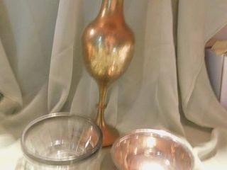Vase   2 Bowls