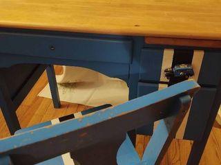 Childs Desk   Chair