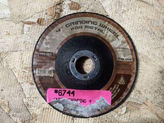 20  4  GRINDING WHEElS FOR METAl