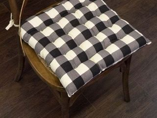 Set of 2  Buffalo Check Tufted Chair Pads  16 x16  Black   16 x16