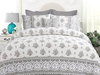 DriftAway Vintage inspired 4 Piece Rina Floral Reversible Quilt Set  100  Cotton  Pre washed  Gray  Full Queen