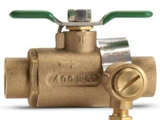 Zurn 3 4 in  BVECXl Full Port Brass Ball Valve with Integral Thermal Expansion Relief Valve