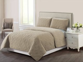 Harper lane Bella Trellis Stitch 3 Peice Quilt Set King  Retail  39 99