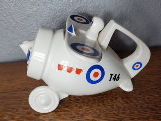 Vintage Airplane Teapot T46 Three Cup