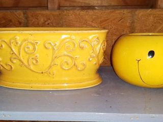 lot Of 2 Ceramic Planter Pots   1 Yellow With Design   1 Smily Face Design