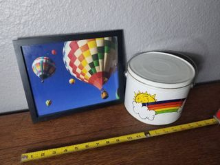 Colorful Hot Air Balloons Picture with Cute Rainbow Tin