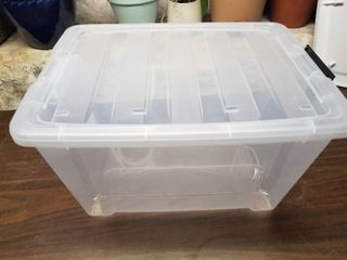 Medium Sized Clear Tote With lid