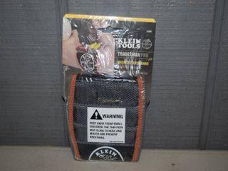 Klein Tools Tradesman Pro Magnetic Wristband