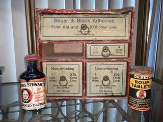 Vintage Bauer   Black first aid kit
