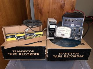 Vintage Electronics   Contents of 2 Tubs