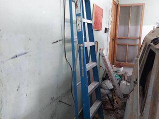 Keller Blue 8ft Fiberglass ladder