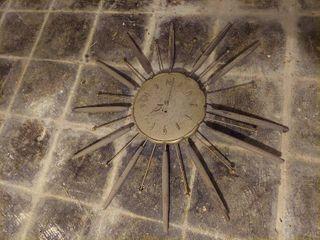 Vintage Sunburst Clock