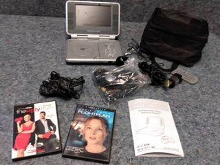 venturer DVD player with lCD screen portable