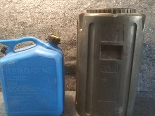 2 5gal Plastic Kerosene Can and Fillable Weight