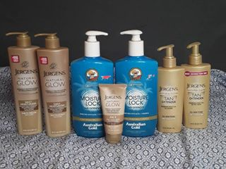 lot of Tan Extender lotions   7 items