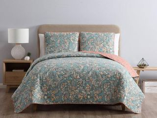 MHF Home Gertrude Reversible King Floral Quilt Set