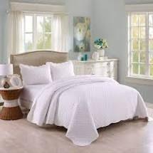 The Gray Barn Birch Bend 3 piece White lightweight Cotton Quilt Set  Retail 75 48 king