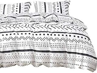 Wake In Cloud   Aztec Comforter Set  100  Cotton Fabric with Soft Microfiber Fill Bedding  Black Pattern Printed on White  3pcs  Queen Size