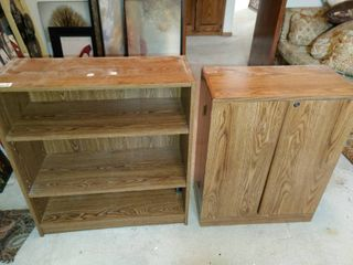 2 Storage Furniture Pieces   Media Cabinet   2  5  Tall