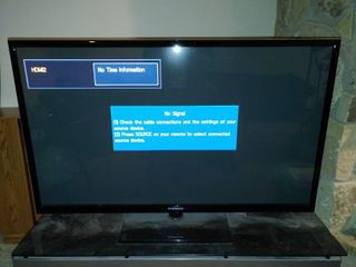 Samsung TV   Works    60  Screen