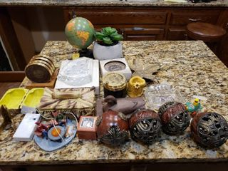 Mixed lot Coasters  Globe  Ashtray  Decor    Various Sizes