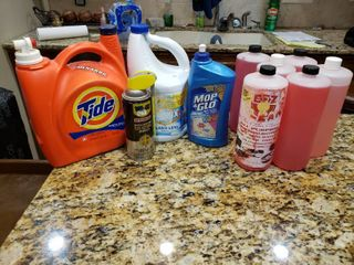 lot of 10 Cleaning Supplies   Bleach  Cleaning Concentrate   Various Sizes