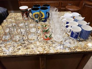 lot of 30 Coffee Cups   Christmas and Cut Glass