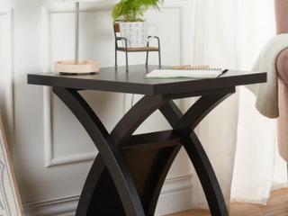 Furniture of America end table Retail   159