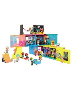 l O l  Surprise  Clubhouse Playset with 40  Surprises and 2 Exclusives Dolls