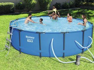 Bestway Steel Pro Max Swimming Pool Set with 1 000 GPH Filter Pump  15  x 42
