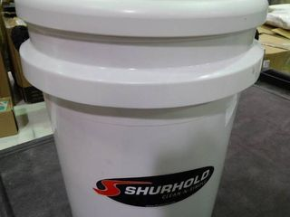 Shurhold Bucket with Seat and Grate
