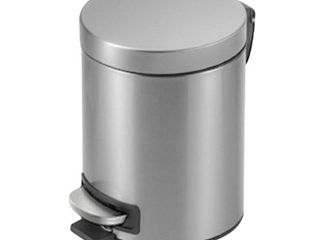 StyleWell 1 3 Gal  Stainless Steel Round Step On Trashcan  Silver metallic
