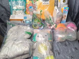 lOTS OF BABY ITEMS NEW