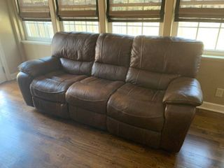 Flexsteel Chocolate Brown leather Sofa W  Recliner Seats
