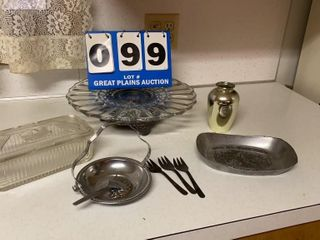 lot of Assorted Glassware and Service Items