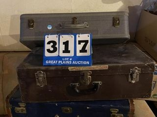 lot of Suitcases Trunk